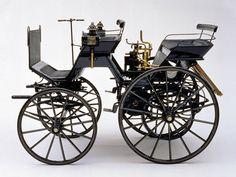 1886 Daimler Motorized Carriage ✏✏✏✏✏✏✏✏✏✏✏✏✏✏✏✏ AUTRES VEHICULES - OTHER VEHICLES ☞ https://fr.pinterest.com/barbierjeanf/pin-index-voitures-v%C3%A9hicules/ ══════════════════════ BIJOUX ☞ https://www.facebook.com/media/set/?set=a.1351591571533839&type=1&l=bb0129771f ✏✏✏✏✏✏✏✏✏✏✏✏✏✏✏✏