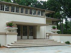 Batavia, IL, A.W. Gridley Residence (1906), Architect: Frank Lloyd Wright