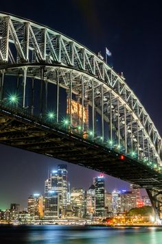 Sydney Harbour Bridge and Skyline van Ricardo Bouman | Desenho Vormgeving
