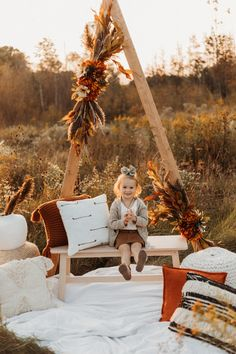 Photography Set Up, Photography Mini Sessions, Spring Photography, Christmas Photography, Fall Photo Shoots, Fall Photo Shoot Outfits, Photoshoot Ideas, Mini Session Themes, Fall Mini Sessions