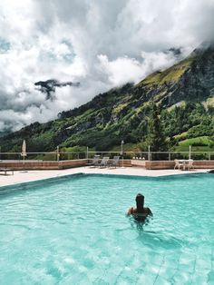 Les bains thermaux de Leukerbad Air, Switzerland, Travelling, Outdoor Decor, Mountain