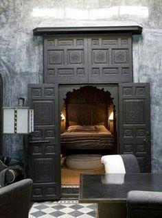 20 Modern and Cool Hidden Doors | http://www.designrulz.com/design/2014/01/20-modern-and-cool-hidden-doors/ #Beds