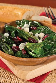 Cranberry Recipe | Ingredients 12 ounces kale sprouts (Lollipops)washed and stems trimmed 1/2 cup chopped walnuts 1/4 cup dried cranberries 1/2 cup blue cheese crumbles citrus vinaigrette Directions In a large bowl, combine kale sprouts, walnuts, dried cranberries and blue cheese. Drizzle with desired amount of vinaigrette, tossing gently to coat