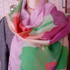 18c686ebf333 Echarpe en soie multicolore