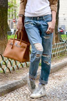 veryverve: Sneakers with coat. Rag and bone ripped jeans, Hermes birkin, Golden Goose sneakers Francy.