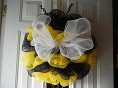 Bumble Bee Deco Mesh Wreath/Bumble Bee Wreath by DecoDaneWreaths