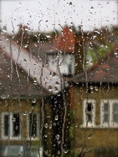 Kiera looking out her rainy window thinking of Kellan. Rainy Mood, Rainy Night, Walking In The Rain, Singing In The Rain, Rainy Window, I Love Rain, Rain Days, Sound Of Rain, When It Rains