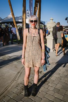 Now, this is a classic festival look that will never, ever get old and should be entered into the annals of history as Festival Perfect 101.