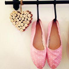 Τα χειροποίητα ελληνικά παπούτσια που κάνουν θραύση στο εξωτερικό