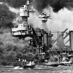 El ataque al buque de guerra USS West Virginia, del que Downing sobrevivió. Pearl Harbor