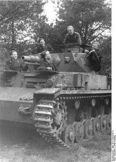 German Panzer IV Ausf. D tank and crew, spring 1940
