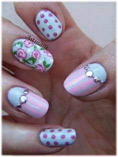 Pretty Floral Painting Stud Nails : http://astinails.blogspot.fr/2015/02/partenariat-born-pretty-store-3.html