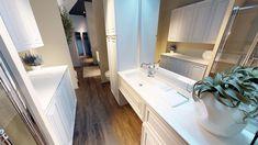 Ambiente Bagno Italiano #GaiaMobili #bathroomdesign #bathroompics #bathroomideas #bathroominterior #bath #bathroom #arredobagno #arredamento #arredamenti #interiordesign #interior #furnishings #bagno #interior123 #design #architects #architect #architecture #mobili #arredamentointerni #furniture #madeinitaly #GaiaCollection2016 #interiores #saladebanho #details #wood #Cersaie #Cersaie2017