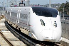 九州新幹線「つばめ」800系