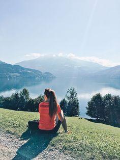VANILLAHOLICA Guide für Österreich auf VANILLAHOLICA.com Österreich ist ein Paradies für alle Naturliebhaber. Ganz gleich, ob es um die wunderschönen und atemberaubenden Bergkulisse der Alpen geht. Oder ob es sich um die blauen, bis türkisblauen Seen handelt, die im Sommer kühlen. Im Sommer lässt es sich in Österreich perfekt wandern, klettern, Mountain biken, und anderen Outdoor Aktivitäten nachgehen. In der kälteren Jahreszeit hingegen bieten viele Ferienregionen perfekte Skigebiete zum… World Pictures, Fancy, Adventure, Mountains, Places, Instagram Posts, Bathroom Gadgets, Awesome, Life