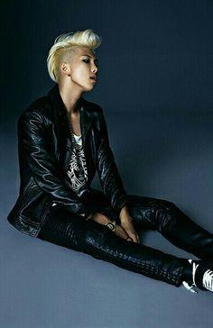 Image via We Heart It #jin #v #suga #bts #jimin #rapmonster #jungkook #jhope