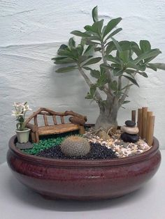 A Solution for Lack of Space: Miniature Gardening - Unique Balcony & Garden Deco. A Solution for Lack of Space: Miniature Gardening - Unique Balcony & Garden Deco. Indoor Fairy Gardens, Miniature Fairy Gardens, Mini Fairy Garden, Fairy Garden Houses, Garden Deco, Garden Art, Garden Crafts, Garden Projects, Deco Nature