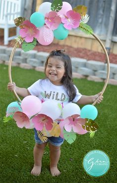 tropical birthday photo prop hoop frame, paper flowers Welcome everyone! I just celebrated my youngest daughter's birthday, and I really enjoyed creating this theme for my baby girl! (Note: This post may contain affiliate links. I make a smal… 2nd Birthday Party For Girl, Luau Birthday, Unicorn Birthday Parties, Card Birthday, Birthday Ideas, Birthday Greetings, Happy Birthday, Daughter Birthday, Birthday Photo Frame
