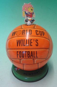 "1966 World Cup ""Willie"" Lovell's Toffee Tin"