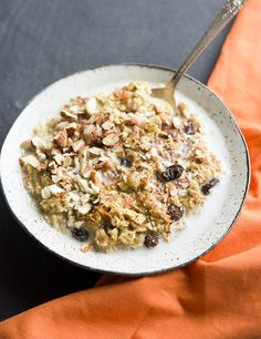Carrot Cake Oatmeal | 17 High-Protein Breakfasts For People Who Hate Eggs