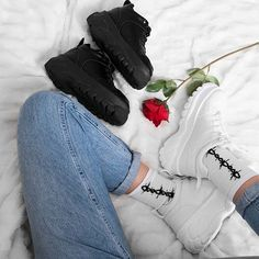 ALTERCORE (@altercore) • Zdjęcia i filmy na Instagramie All Black, Black And White, Alternative Girls, Grunge Outfits, Platform Shoes, Yeezy, Air Jordans, Adidas Sneakers, Leather