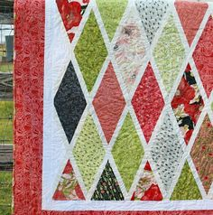 Missouri Star Quilt, layer cake, wide wedge ruler, lattice