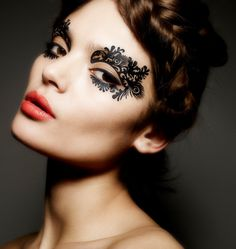 Burlesque Face Lace