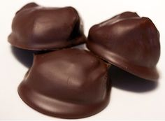 Candice's Peanut Butter Balls. SF, GF, only 2.3 carbs each. Includes substitutes.