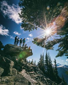 {Hour five of twelve}  #Instameet @WhistlerBlackcomb style!  Rocking the mountain trails with @GoWhistler for the @HelloworldAU #HelloworldRELAY  #OnlyInWhistler #360ofWB