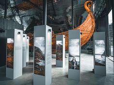 Expology — Vasa's Women - The Vasa Museum Museum Exhibition Design, Exhibition Display, Exhibition Space, Design Museum, Interactive Architecture, Interactive Exhibition, Art And Architecture, Interaktives Design, Display Design