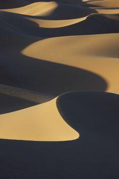 Deserts of the Arab World  لن تصدقوا! خبايا صحرائنا العربية السياحية بالصور، اندهشوا وشاركوا الرابط.  هنا   www.batuta.com