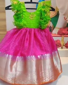 Indian Dresses For Kids, Kids Prom Dresses, Kids Dress Wear, Kids Gown, Baby Dresses, Toddler Girl Dresses, Kids Wear, Kids Saree, Kids Lehenga