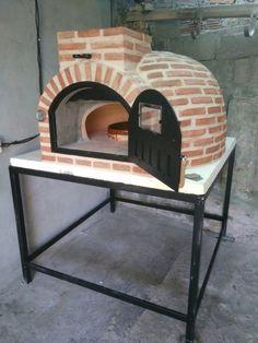Montaje de un precioso horno de barro de Pereruela en La Guardia (A Guarda), Pontevedra.