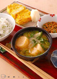 朝ごはんのレシピ/出し巻き卵セット B12 Foods, Soup Recipes, Cooking Recipes, Good Food, Yummy Food, Balanced Meals, Food Platters, Asian Cooking, Skinny Recipes