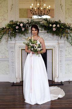 Classic and Natural Wedding Inspiration in Morden Hall - Wedding Bride - Eva Tarnok Photography