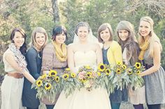 Sunflower bridesmaid bouquets - PHOTO SOURCE • JESSICA LEIGH PHOTOGRAPHIC