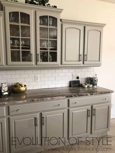 Kitchen cabinet colors Mindful Gray Painted Kitchen Cabinets A Look At The Different Types Of Heat E Grey Kitchen Cabinets, Kitchen Cabinet Colors, Painting Kitchen Cabinets, Kitchen Redo, Kitchen Ideas, Design Kitchen, Kitchen Countertops, Kitchen Makeovers, Brown Cabinets