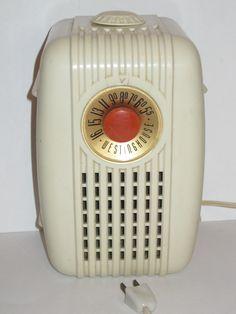 Personality 501 Tube Radio