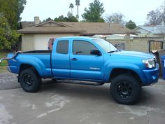 Toyota Tacoma..love this blue