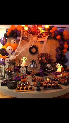 Hallowen Party, Halloween Party Treats, Easy Halloween Food, Trendy Halloween, Halloween Goodies, Holidays Halloween, Halloween Decorations, Halloween 1st Birthdays, Halloween Birthday