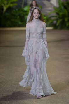 Elie Saab Couture Spring 2016 [PHOTOS] | WWD