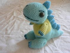 Free pattern  Ravelry: Disgruntled Dino pattern by Lan-Anh Bui and Josephine Wan