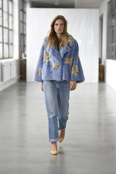 See the complete Saks Potts Spring 2017 collection from Copenhagen Fashion Week.