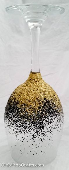 Ombre Glitter Wine Glass  Black and Gold by ClubVinoCrafts on Etsy - Top rack dishwasher safe! All glitter is sealed underneath two layers of dishwasher-safe sealer. Glitter will not come off in your hands or in the dishwasher!