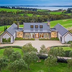 Modern Farmhouse Exterior, Coastal Farmhouse, Farmhouse Design, Farmhouse Renovation, Soho Farmhouse, Barn Renovation, Urban Farmhouse, Farmhouse Style, Modern Barn House