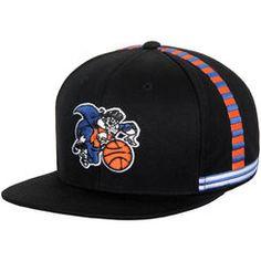 save off 8bc85 2fb85 Men s Mitchell  amp  Ness Black New York Knicks Hardwood Classics Jersey  Hook Snapback Adjustable Hat