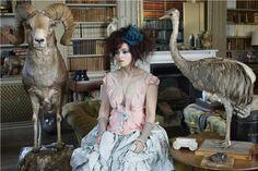 Helena Bonham Carter в Harper's Bazaar, фотосессия John Swannell.: ru_glamour