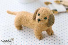 Kit de feutrage pointeau miniature Dachshund par WooliMochi sur Etsy