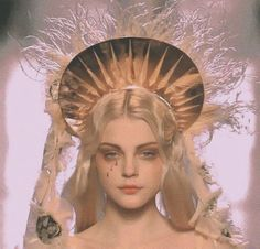 jessica stam @ jpg on We Heart It Mode Inspiration, Character Inspiration, Jessica Stam, Angel Aesthetic, Aesthetic Art, Aesthetic Pictures, Alphonse Mucha, Drawing Reference, Ethereal