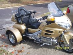 repossessed motorcycle trikes for sale 2008 honda goldwing trike for sale in mesa arizona. Black Bedroom Furniture Sets. Home Design Ideas